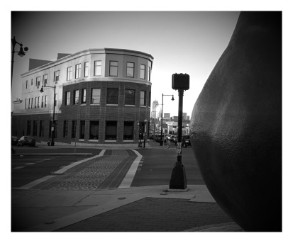 Photo/Audio: Edward Everett Square And The Clapp Pear